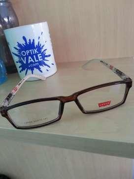 Frame kacamata kotak levis cocok buat pria