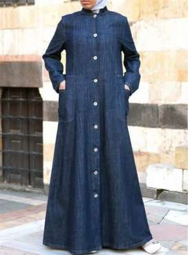 Jeans kurti and Abaya for sale 1990 no barginers only serious byers