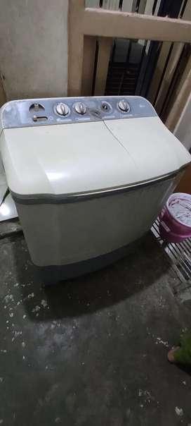 LG 6.5 kg washing machine