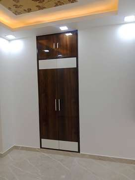 2BHK  READY TO MOVE FLAT SALE IN MOHAN GARDEN