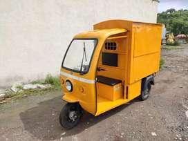 Three wheeler Tempo on rent (owner)