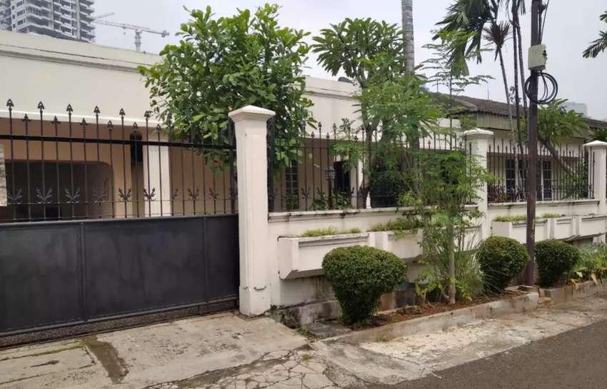 Disewakan rumah lokasi Jl. mandala Kuningan Jakarta Selatan 0