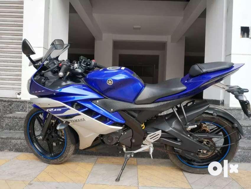 Yamaha R15 0