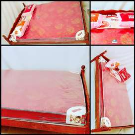 New double Cot + mattress at Rs 4999
