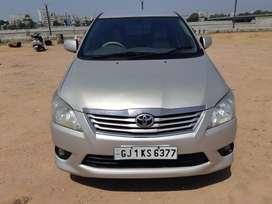 Toyota INNOVA CRYSTA 2.4 V, 2013, Diesel