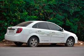 Chevrolet optra magnum.. Fully loaded