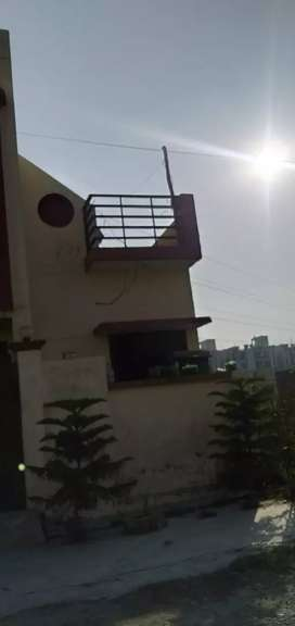 Villa for sale in urgent contact me 89097030&60