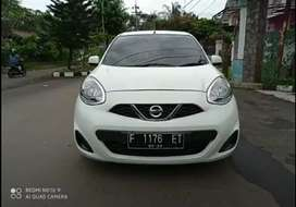 Nissan march 1, 2 L bensin automatic