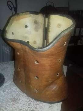 korset kulit antik jaman kolonial