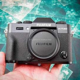 Fuji XT20 body only. Fullset Mulus Sekali. Fujifilm X-T20. ex FFID