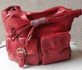 Leather Hand Bag in Red