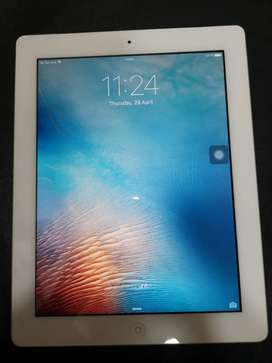 Apple ipad 2 (in working condition)