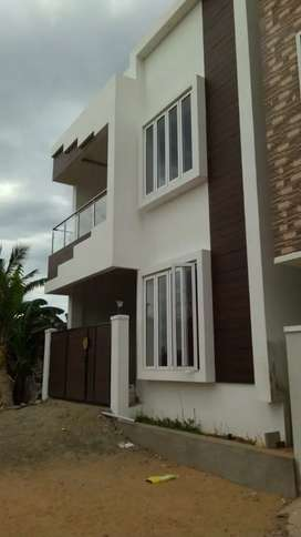I want individual house r apartment lease 300000