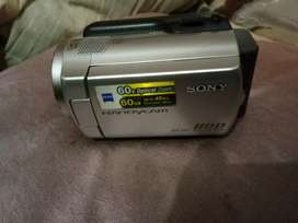 Sony handycam Model-Dcr-SR47E with original bill bag lead and charger