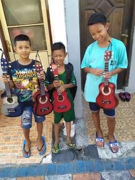 Gitar Kentrung Tiga