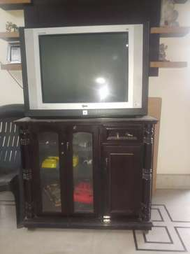 "Big Size LG 29"" TV in Excellent Condition"