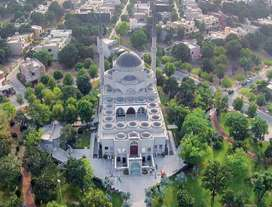 10 Marla House For Rent In Sukh Chayn Gardens Lahore