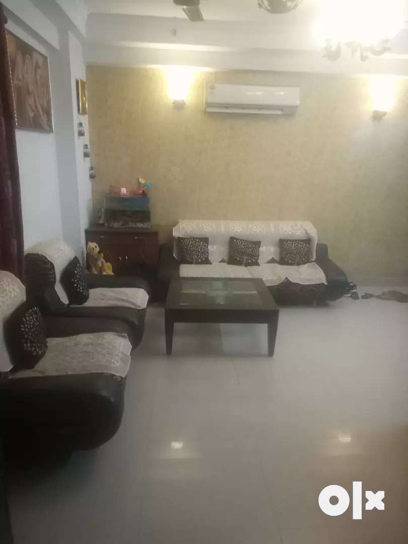 Fully furnished 3 bhk appartment 0