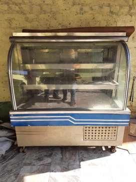 Refrigerator for Sweet Shop 4.5 feet