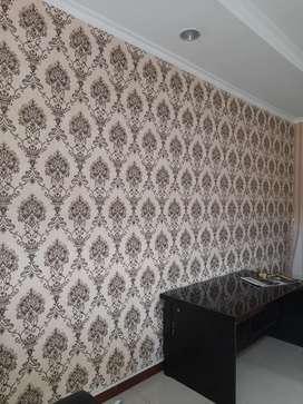 Wallpaper dinding bahan vinyl harga sudah include pasang