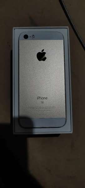 iPhone SE mint condition