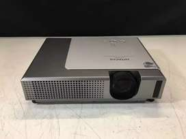 Hitachi CP-X345 Multimedia  Projector  Uk Excellent condition