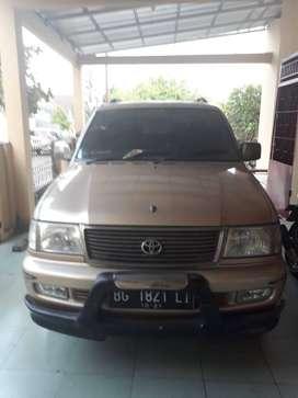 Toyota Kijang LGX tahun 2000