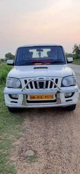 Mahindra Scorpio 2014,4 new tyre,life time tax