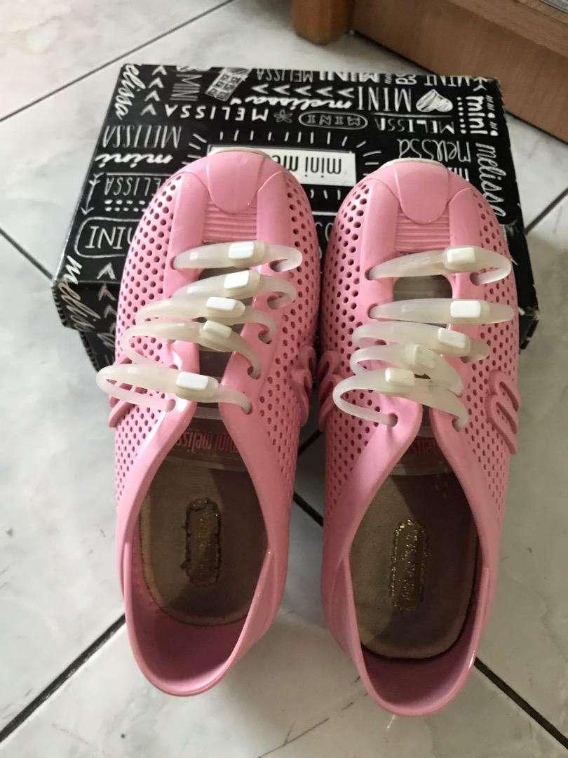 Preloved sepatu mini melissa 0