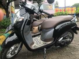 Honda fico02N28L0A/T, Solo, 8 bulan, sepeda motor