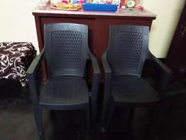 Nilkamal 2 chair