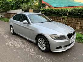 BMW 3 series 320i petrol 2012 fully loaded MINT CONDITION (no brokers)