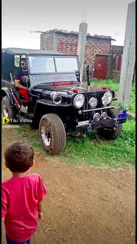 Jeep 52 bechna hai disposal pr bani hui