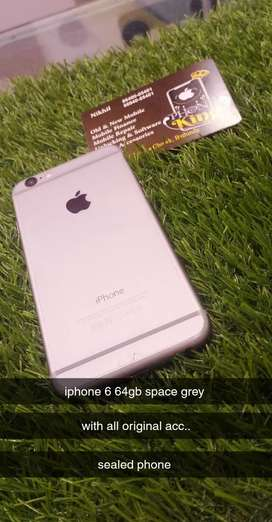 Iphone 6 64gb space grey colour with all original acc..