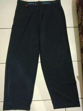 Celana Gucci ukuran XL