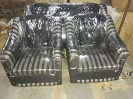 New sofas 3+1+1 free home delivery within 10kmh