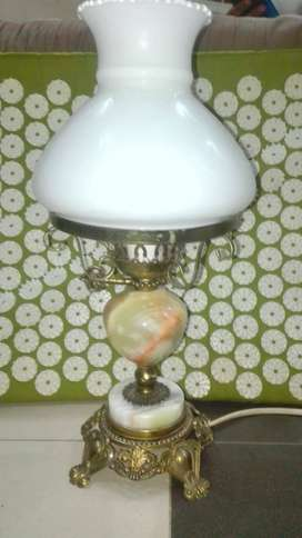 Vintage brass and mrble lamp