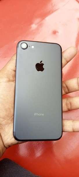 iphone 7 128gb urjunt sale