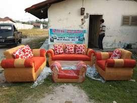 Rafie Sofa, 1 Set Sofa Vicasso Orange/Kuning + Meja + Bantal