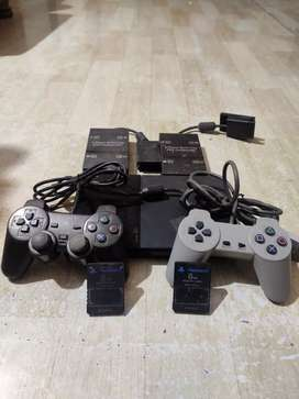 Playstation 2 With 10 Games,2 Memory Cards,2 Controllers