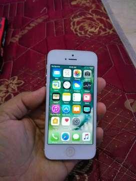 iphone 5 16gb silver ex resmi normal mulus gak ada kendala