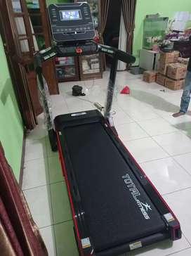 Alat fitness treadmill elktrik tl 126 total