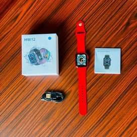 SMART WATCHES IN WHOLESALE AND RETAIL