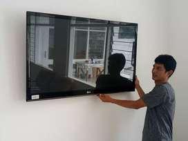 Bracket besi penopang tv LCD LED di tembok