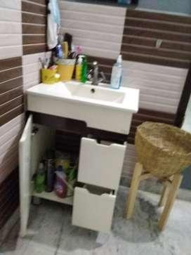 Washbasin vanity