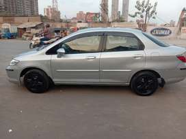 Honda City ZX 2006 CNG & Hybrids Well Maintained