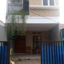 Jual rumah mewah siap huni Jakarta Selatan