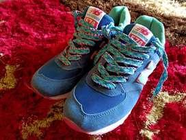 Sepatu Running New Balance 574