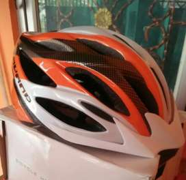 HELM AVAND A 06