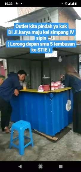 Container thai tea